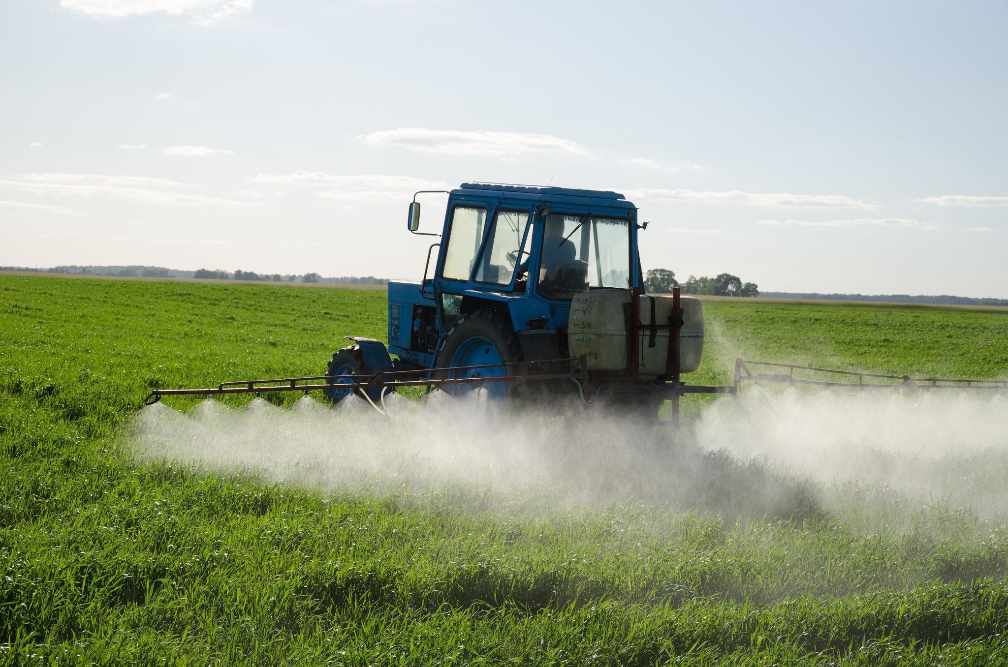 pesticide_spraying_CREDITAqua-Mechanical_Flickr